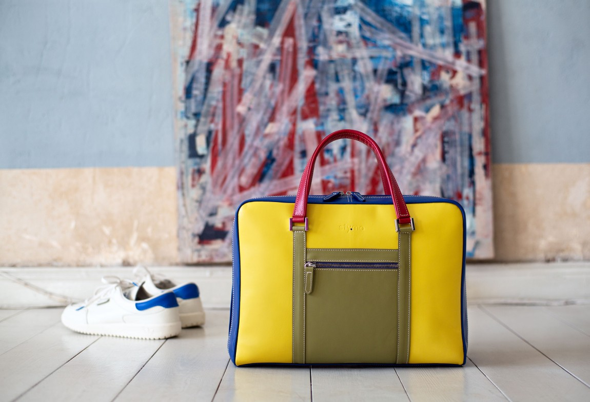 Sty.ma (Leatherbags handmade in Italy, designed in Berlin)
